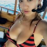 Šta Rita Ora radi na Maldivima