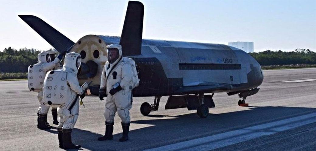 Misteriozni X-37B se vratio na zemlju
