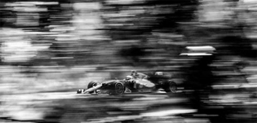 Formula 1 snimljena starom kamerom