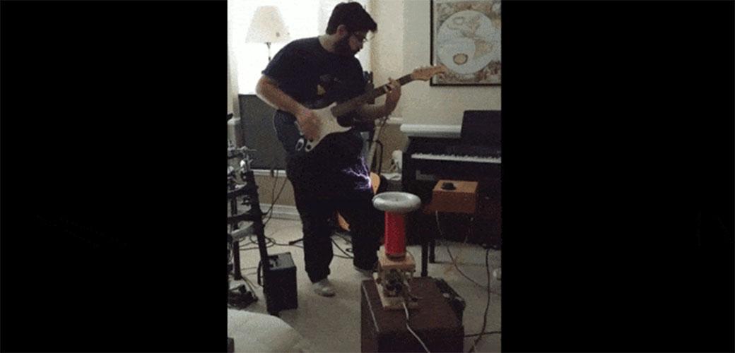 Ovako gotivno sviranje gitare niste videli