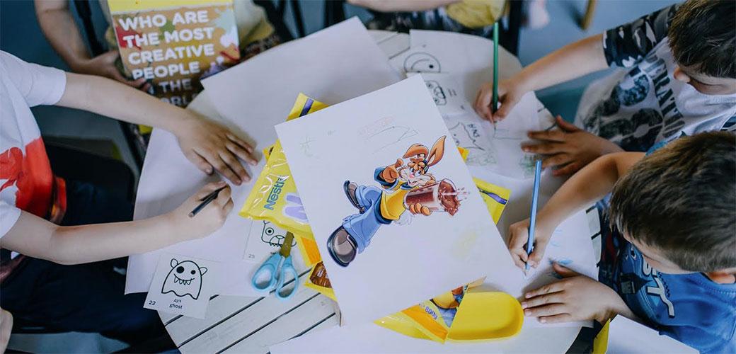 Slika: Ko je kreativniji, deca ili njihovi roditelji?