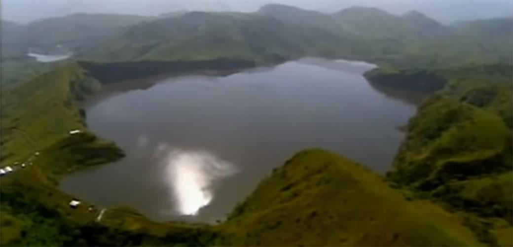 Ukleto jezero u Kamerunu