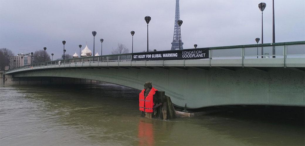 Odlična gerila kampanja iz Pariza