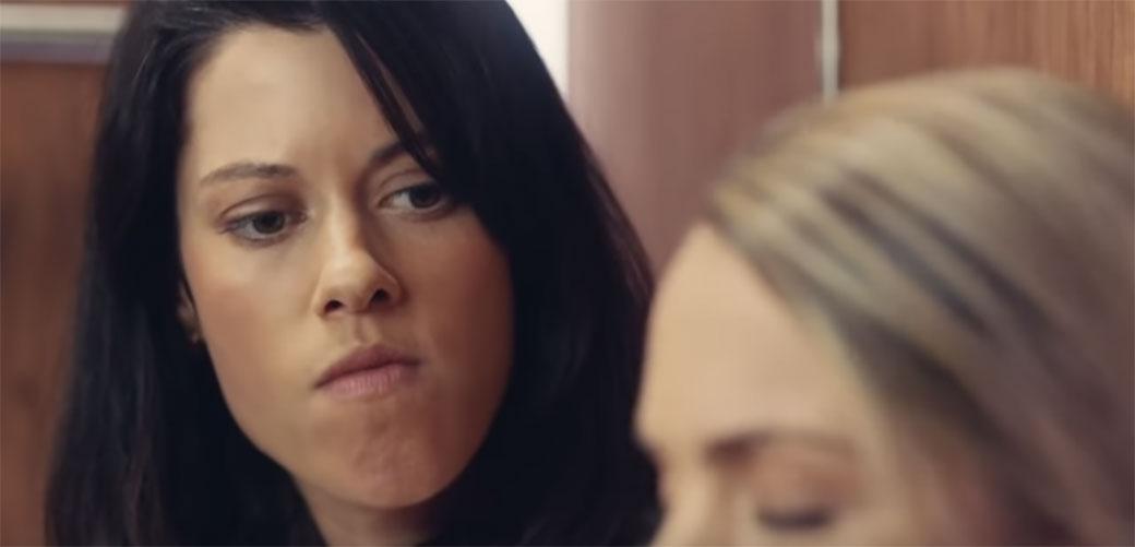 Šta biste radili da se zaglavite u liftu sa nepoznatom osobom?