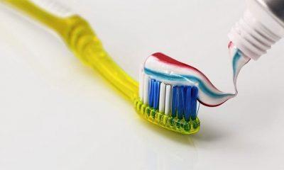Najgluplji mitovi  o pranju zuba  %Post Title
