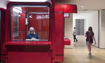Legendarni crveni kiosk stigao na izložbu u New York  %Post Title