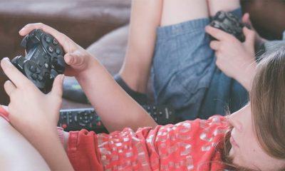 Deca dnevno provode više od šest sati blenući u ekrane