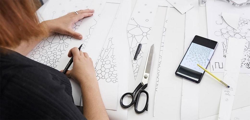 Prva Mobile Couture kolekcija