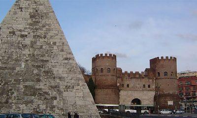 Šta radi piramida u Rimu?