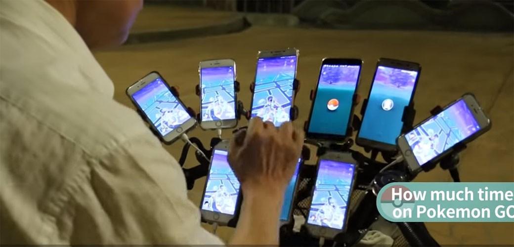 Sedamdesetogodišnjak igra Pokemon go sa 11 telefona