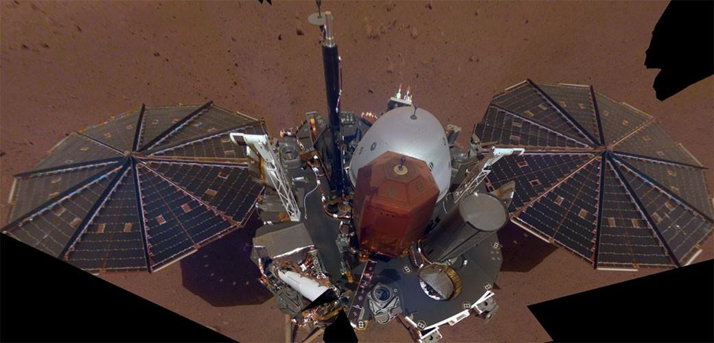 InSight poslao prvi selfi sa Marsa