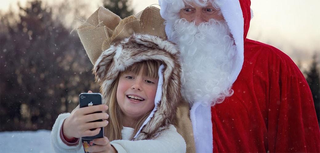 Da li je ok lagati decu da Deda Mraz postoji?