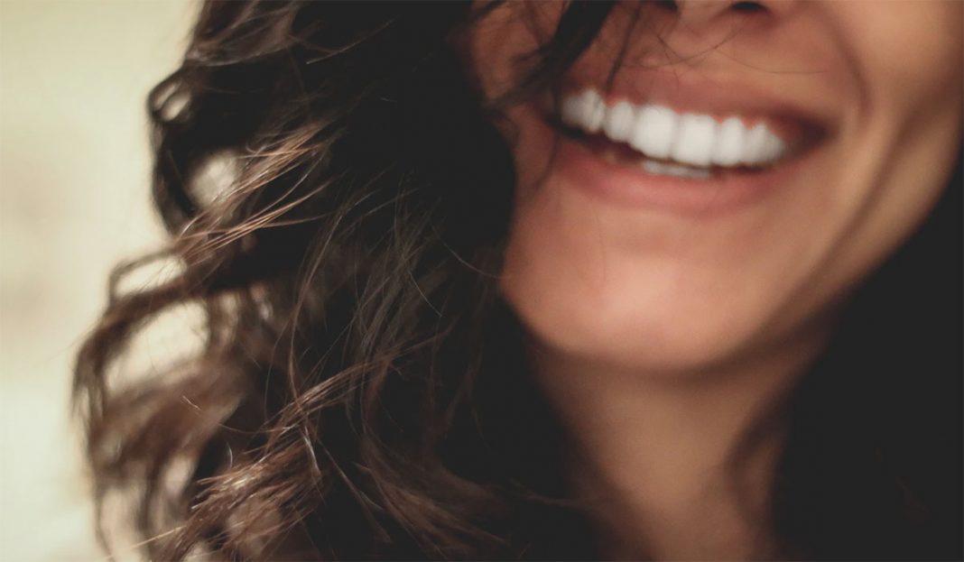 kako-izbeleti-zube